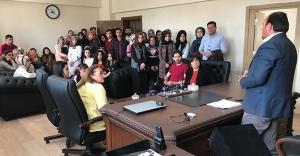 Üniversitesi öğrencileri Başkan Ersen'i ziyaret etti