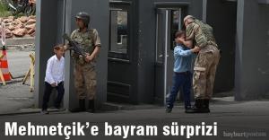 Çocuklardan Mehmetçik'e bayram sürprizi