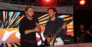 İlk konserde Rock Grubu Kolpa ve Buray sahne aldı