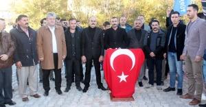 """Kamu-Sen: """"Türk milletinin hafızasından, andımızı söküp çıkaramayacaksınız"""""""