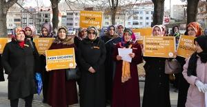 Kadına yönelik şiddet protesto edildi