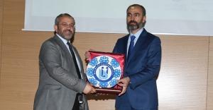 Türkmen'den 'Bocce' konferansı
