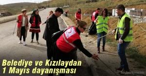 Belediye ve Kızılaydan 1 Mayıs dayanışması