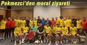 Başkan Pekmezci'den Bayburt İl Özel İdarespor'a moral ziyareti