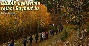 Gümüşhaneli dağcılar Bayburt'ta sonbaharın tadını çıkardı