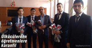 Ülkücüler, Öğretmenler Gününü karanfillerle kutladı