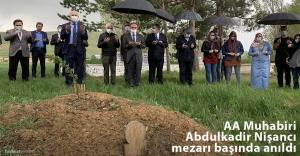 Gazeteci Nişancı, vefatının 1. yılında mezarı başında anıldı