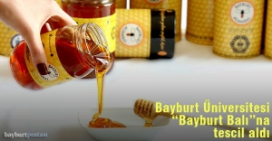 """Bayburt Üniversitesi, """"Bayburt Balı""""na tescil aldı"""