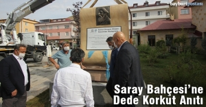 Saray Bahçesi'ne Dede Korkut Anıtı