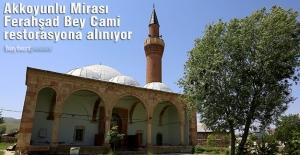 Akkoyunlu Mirası Ferahşad Bey Cami restorasyona alınıyor