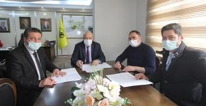 Bayburt Belediyesi ve Tapu Kadastro Arasında Protokol İmzalandı