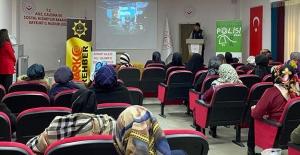 Bayburt'ta 'En İyi Narkotik Polisi; Anne' eğitimleri