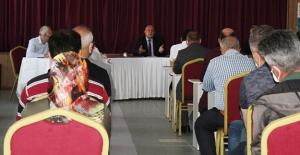 Başkan Pekmezci, bir amirleri ile toplandı