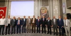 Başkan Pekmezci DKBB'de Yeniden Encümen Üyesi