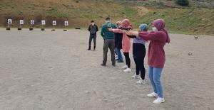 Özel Güvenlik ve Koruma programında atış ve silah eğitimi