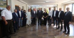 Türk Kızılayı Genel Başkanı Kınık'tan Bayburt Belediyesi ziyareti