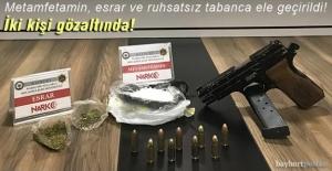 Bayburt'ta metamfetamin, esrar ve ruhsatsız tabanca ele geçirildi!