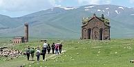 Anadolu'ya yapılan ilk Türk camisi