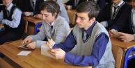 Bayburt'ta 176 öğrenciye eğitim desteği