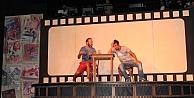 Devlet Tiyatroları Trabzon ve Erzurum'da 'perde' diyecek