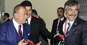 """""""Futbol Buluşmaları"""" Erzurum'da..."""