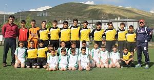 Futbol Yaz Okulu start aldı