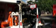 Hasta taşıyan ambulans birden alev aldı