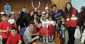 Köy okullarında '23 Nisan'