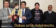 Küçük Özkan, 2 yaşında ilk adımını attı