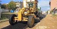 Mahalle aralarında asfalt çalışması