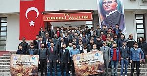 Öğrencileri Çanakkale'ye Vali Kaymak...