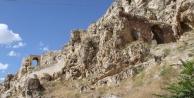 Tarihi kalede 3. dönem kazılar başladı