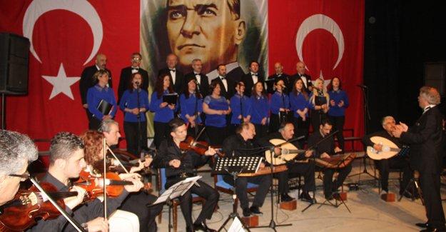 Türk Sanat Müziği konseri mest etti
