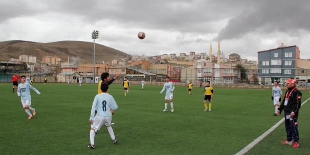 U15 Ligi final maçına kaldı