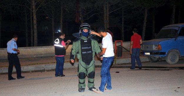 Askerlik Şubesi önünde şüpheli paket alarmı