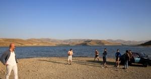 Demirözü 'plajında' tehlikeli hareketler!