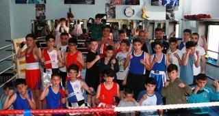 Tuğra Boks, Türkiye Şampiyonasına hazırlanıyor