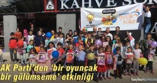 AK Parti'den 'bir oyuncak bir gülümseme' etkinliği