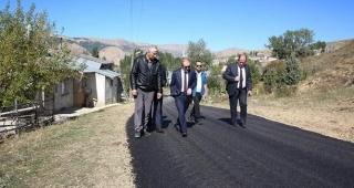 Helva köyünde köy içi asfalt çalışması